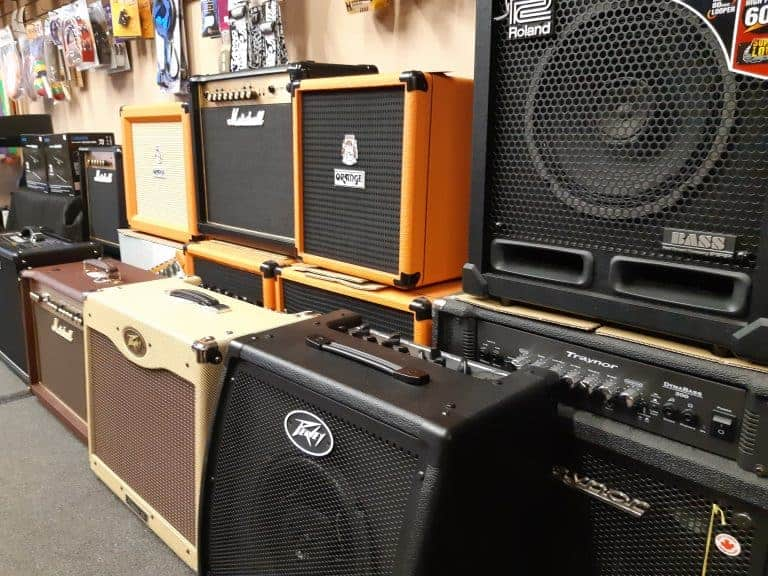Roland, Orange, Peavey, Marshall and Traynor electric guitar and bass amplifiers