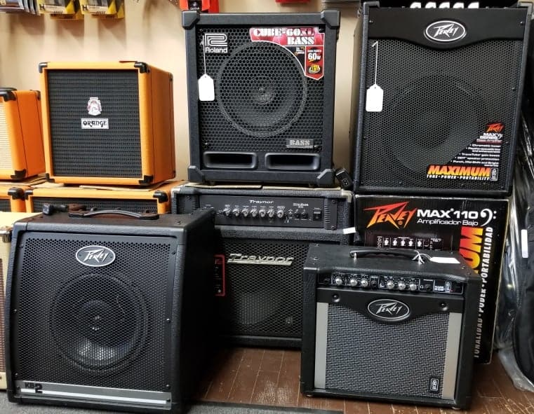 Roland, Orange, Peavey and Traynor electric guitar and bass amplifiers