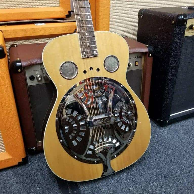 Regal RD-40N Studio Series Resonator