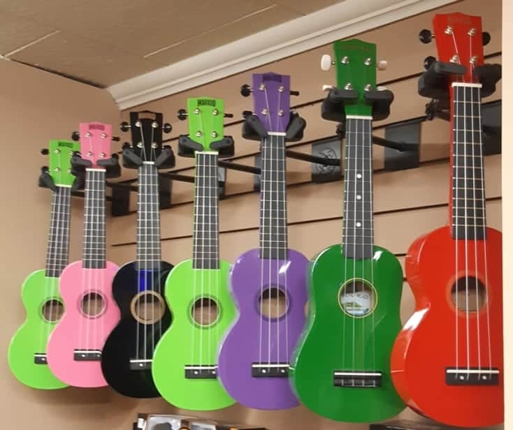 Mahalo MR1 Rainbow Series soprano ukuleles