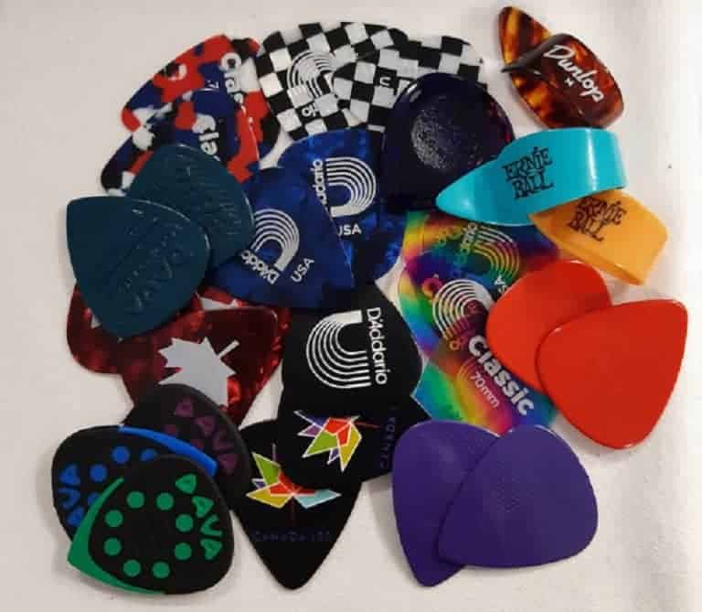 D'Addario, Dunlop, Ernie Ball, Dava nylon and tortex guitar picks different shapes and sizes