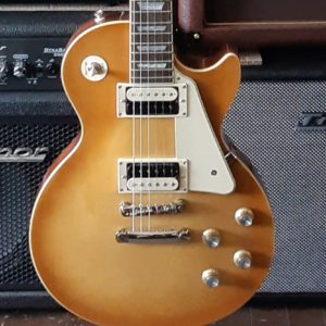 Epiphone Les Paul Classic in Honeyburst - closeup