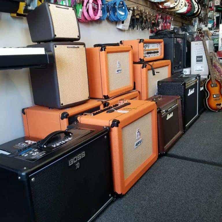 Boss, Orange, Ibanez, Marshall, Peavey, Roland Amps
